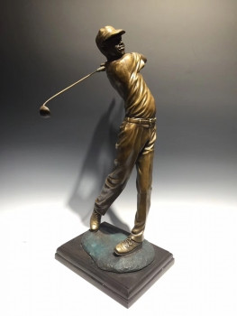 Đồ decor Tiger Woods đánh Golf DCAA 049